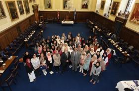نائب عمدة دندى يثني على دور كلية آل مكتوم للتعليم العالي باسكتلندا في تنظيم البرامج الثقافية