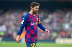 ميسي لقيادة برشلونة أمام نابولي بدوري الأبطال