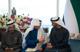 محمد بن زايد يستقبل أمين عام منظمة التعاون الإسلامي