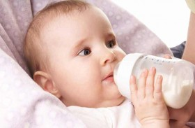 نصائح لتنظيف زجاجة حليب الرضيع