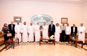 مركز الملك عبد الله بن عبد العزيز يناقش  بالشارقة قضايا النهوض باللغة العربية