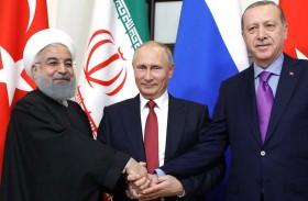إيران على حافة الهاوية.. تصدعات داخلية وخارجية