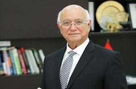 مدير جامعة الخليج الطبية يفوز بجائزة تقنيات التعليم المبتكرة من وزارة الصحة ووقاية المجتمع