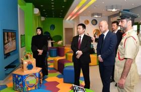 وفد ياباني يطلع على خدمات «واحة الطفل» في شرطة دبي