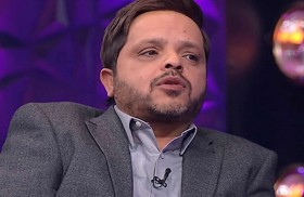 محمد هنيدي يخوض السباق الرمضاني بـ (أرض النفاق)