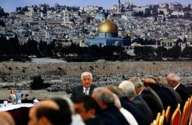 عباس يتعهد بعدم تغيير الوضع القائم في الأقصى