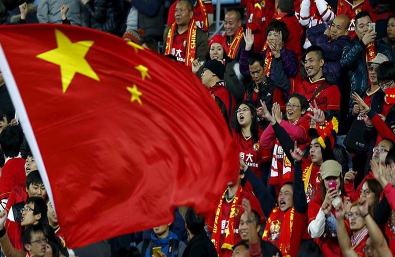 هل تفسد أموال الصين كرة القدم في العالم؟
