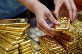 الذهب يتراجع وسط ترقب فيروس الصين
