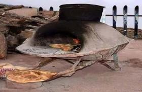 الملة.. خبز مغربي من الركل الساخن