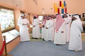 وفد نيابي سعودي يزور معرض الشيخ زايد الدائم بنادي تراث الامارات