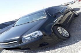 سائق مستهتر وسيارته في قبضة شرطة الرمس