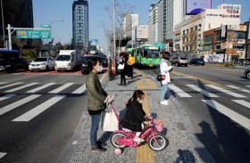 كوريا الجنوبية تمدد التباعد الاجتماعي