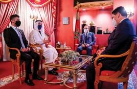 ملك المغرب يستقبل عبدالله بن زايد