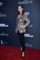 الممثلة مارتا غونزاليس رودان خلال حضورها العرض الأول لفيلم «المتعصب» في لوس أنجلوس، كاليفورنيا.رويترز
