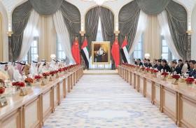 محمد بن راشد ومحمد بن زايد يبحثان مع الرئيس الصيني العلاقات الاستراتيجية بين البلدين