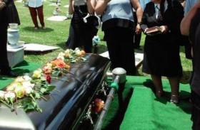 متوفى يعود إلى بيته بعد دفنه!