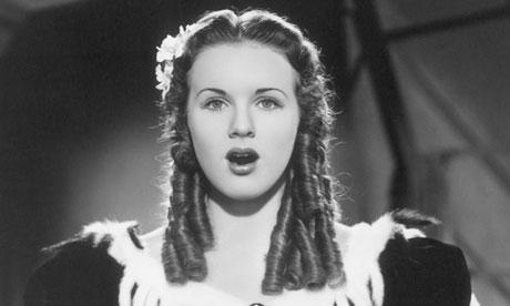 وفاة نجمة أفلام الاطفال في الثلاثينيات ديانا دوربين