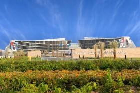 إجازة خمس رسائل ماجستير لطلبة كلية القانون في جامعة الإمارات