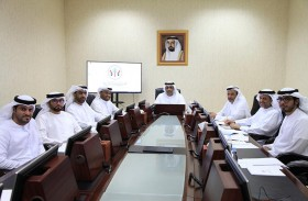 اللجنة القانونية في المجلس الاستشاري لإمارة الشارقة تطلع على جهودها في دراسة الشكوى الواردة إليها في ختام أعمالها لدور الانعقاد الرابع