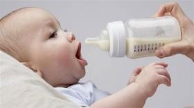 اكتشاف كمية كبيرة من الميكروبلاستيك في زجاجات حليب الرضع