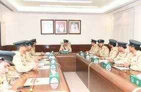 اللواء المري يتفقد أكاديمية شرطة دبي