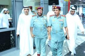 قائد عام شرطة رأس الخيمة يدشن أجهزة خدمة «سهل»