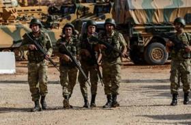 تركيا توقف جنديين يونانيين دخلا بالخطأ