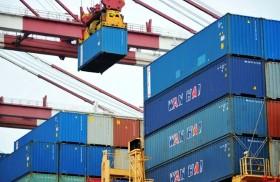 بكين وواشنطن تتبادلان التهديدات التجارية
