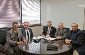 أمريكية رأس الخيمة توقع اتفاقية تعاون مع جامعة تكساس