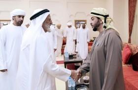 حمدان بن زايد يزور مجلس مدينة زايد ويلتقي المواطنين