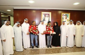 استقبال حافل للفارس الإماراتي المرزوقي بعد إحرازه فضية في أولمبياد الشباب