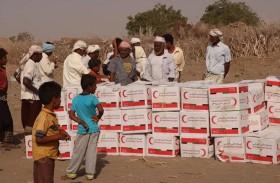 الإمارات تغيث أهالي مديرية حيس في الحديدة بـ 6 آلاف سلة غذائية