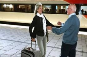 يلتقي شقيقته بعد 67 عاماً من الفراق