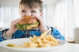 أطفال الوجبات السريعة أكثر عرضةً لأمراض القلب والسكري