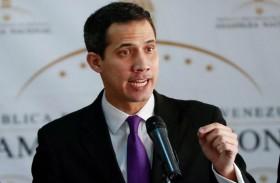 ممثل غوايدو يتولى السيطرة على مواقع فنزويلية