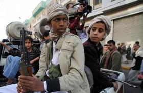 القصف استهدف قادة الحوثيين المسؤولين عن تجنيد وتدريب الأطفال الصغار