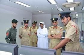 قائد عام شرطة دبي يتفقد الإدارة العامة للمؤسسات العقابية والإصلاحية