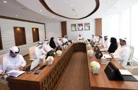 مجلس دبي الرياضي يدعم استضافة مونديال القفز بالمظلات ويبحث سير العمل في تطوير المنشآت
