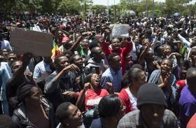 انقضاء المهلة المحددة لموغابي من اجل التنحي