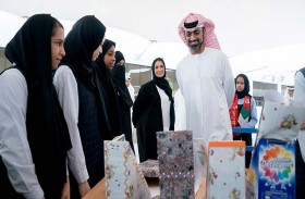 عمار النعيمي يتفقد مدرسة الزوراء للبنات ويوجه بتطبيق أساليب وبرامج تعليمية حديثة