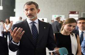 ملك إسبانيا يزور ضحايا هجوم برشلونة