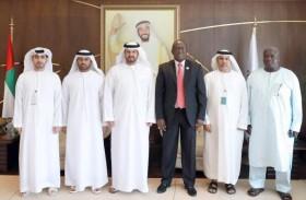 سفير غامبيا يشيد بمشاريع زايد للأعمال الخيرية في بلاده