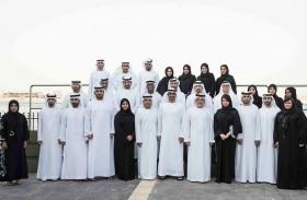محمد بن زايد يؤكد أهمية تعزيز آلية عمل السوق بما يساهم في دعم اقتصاد الإمارات