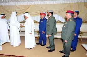 محمد البواردي يقدم واجب العزاء لأسرة الشهيد البلوشي