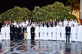 محمد بن راشد للعلماء: أهلا بكم في أرض زايد لنبني معا مستقبلنا ومستقبل الإنسانية