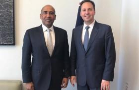 سفير الدولة يبحث العلاقات الإقتصادية مع وزير التجارة الأسترالي