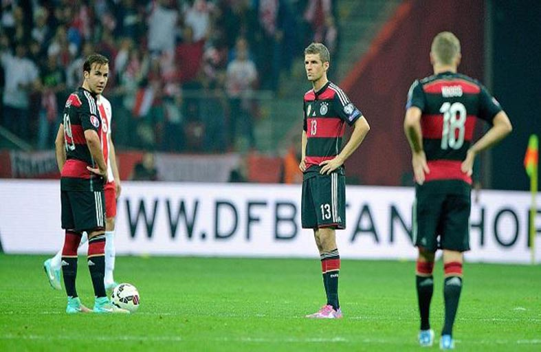 ألمانيا تعاني من اللمسة الأخيرة بعد خسارة بولندا