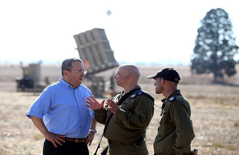 إسرائيل تبعد لأول مرة عائلة شهيد فلسطيني