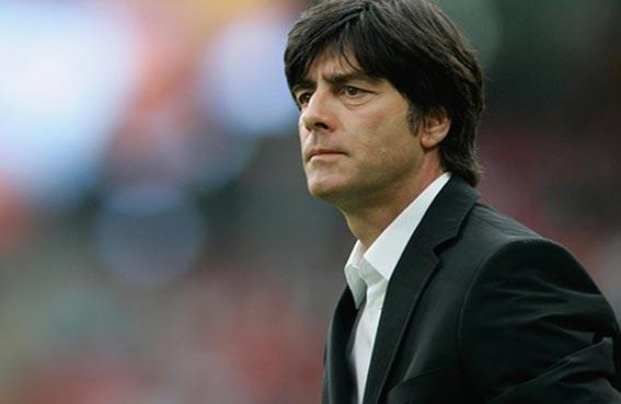 لوف يقلل من أهمية الفوز الكاسح على ايطاليا