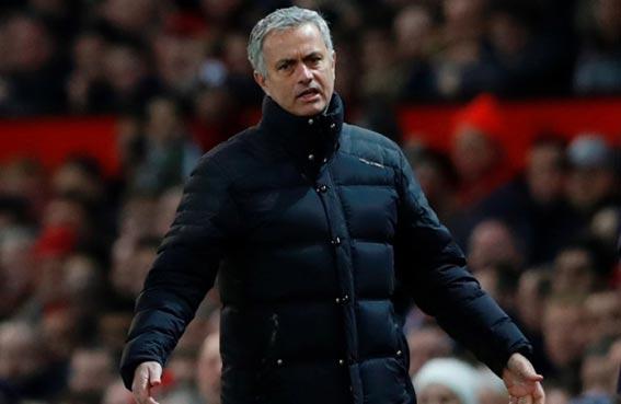 مورينيو يتحسر على سوء حظ مانشستر يونايتد